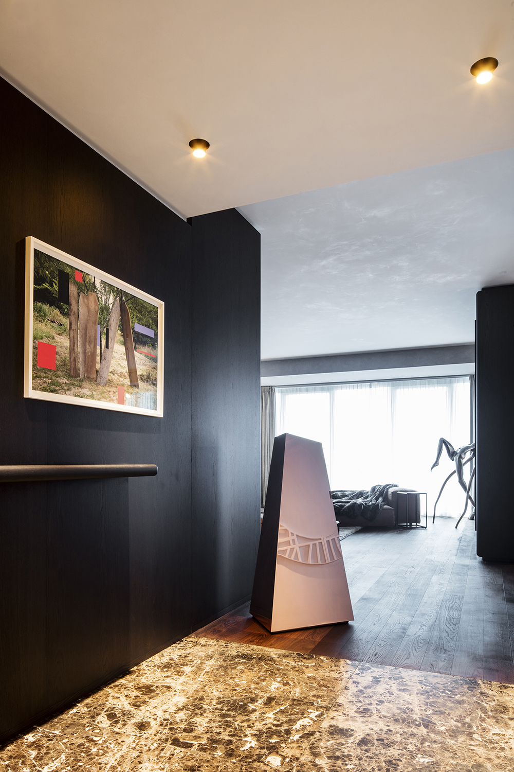 penthouse M_02small